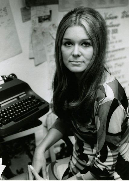 makers-women-who-make-america-gloria-steinem-428x600